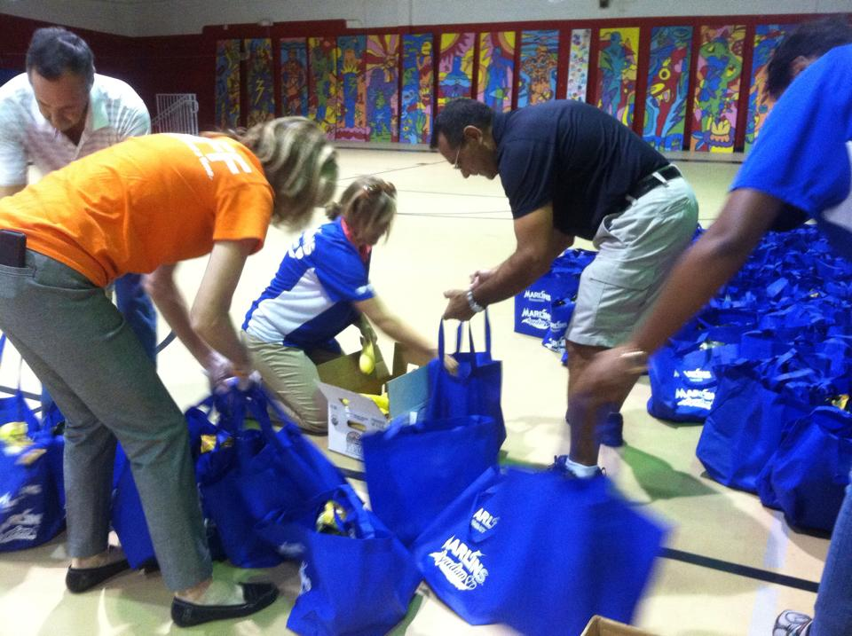 Feeding South Florida & Marlins Bring Nutrition Education to Belle Glade