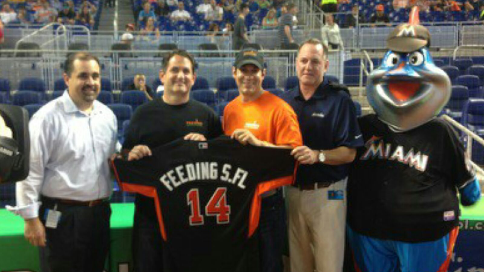 Marlins Foundation Awards 100000 Gift To Feeding South Florida