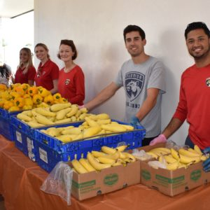 Panthers join Feeding South Florida to Feed a Need