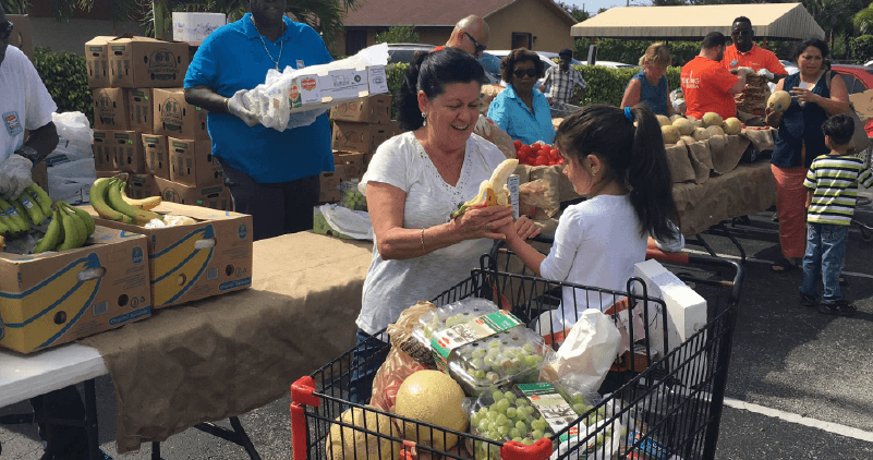 With SNAP Recipients, Federal Workers in Need of Food, Florida Agencies Fill Shutdown Gap