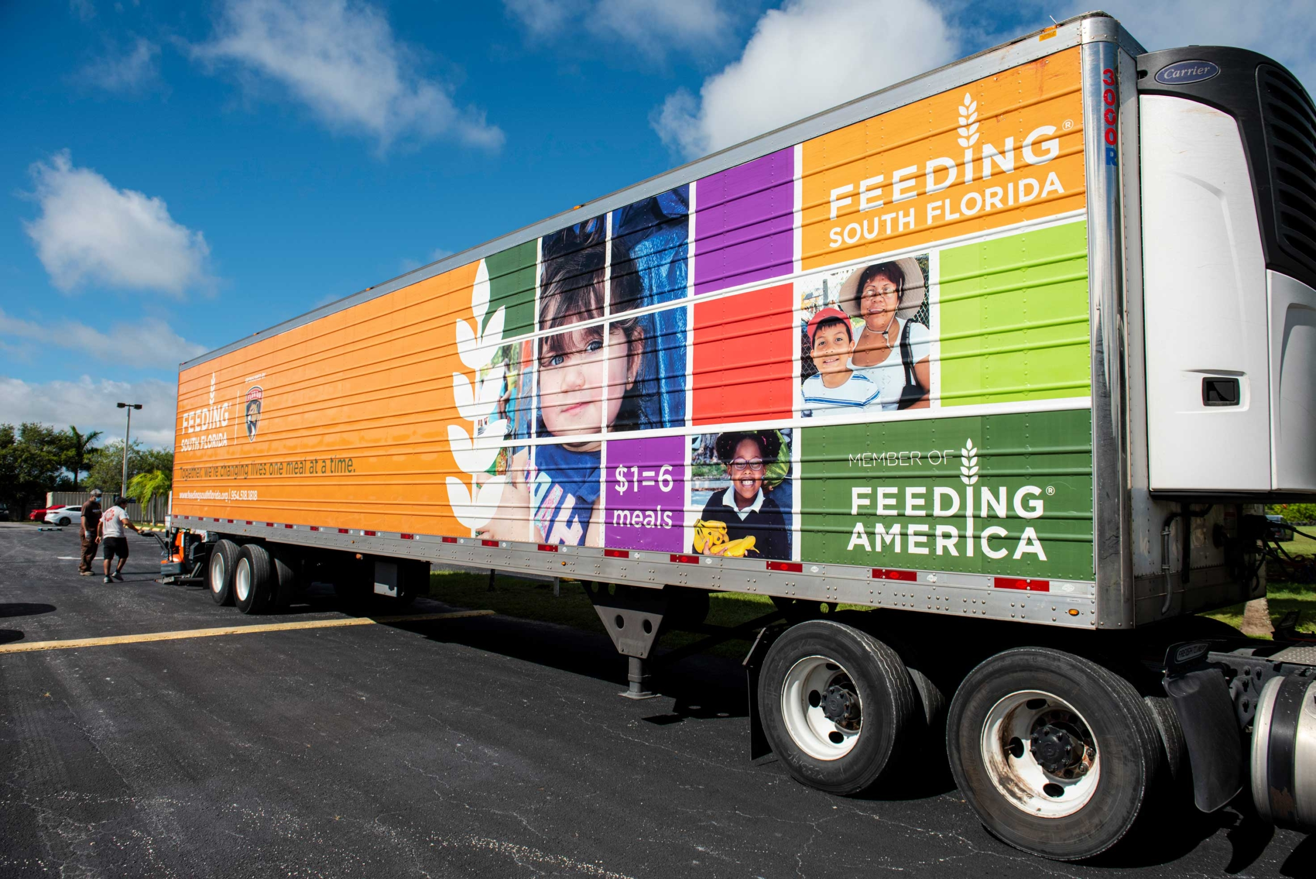Raytheon Technologies Supports Feeding South Florida® with $159,000 Donation  to Address Increased Need for Food Assistance
