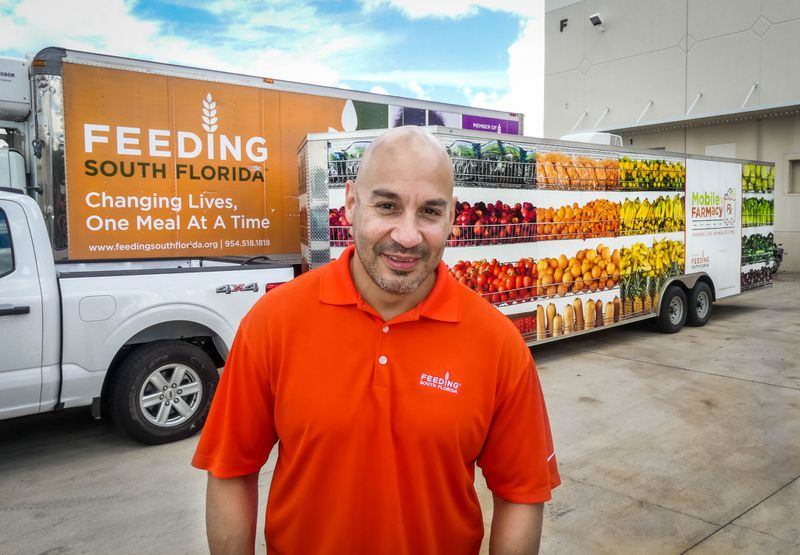 mobile-farmacy-bringing-grocery-store-on-wheels-to-food-insecure-neighborhoods